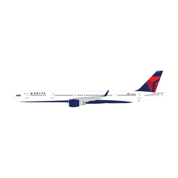 Gemini Jets B757-300W Delta 2007 livery N585NW 1:200 with stand (2nd release)