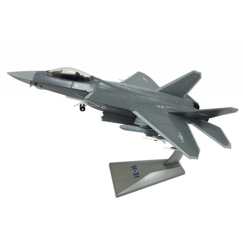 J31 Shenyang Gyrfalcon Chinese PLAAF 1:72 with stand