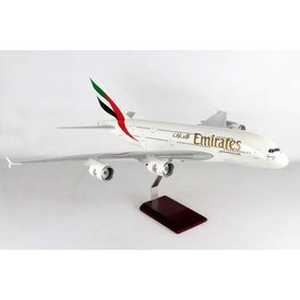Gemini Jets A380-800 Emirates A6-EUF 1:100 scale with stand