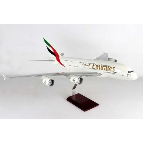 A380-800 Emirates A6-EUF 1:100 scale with stand
