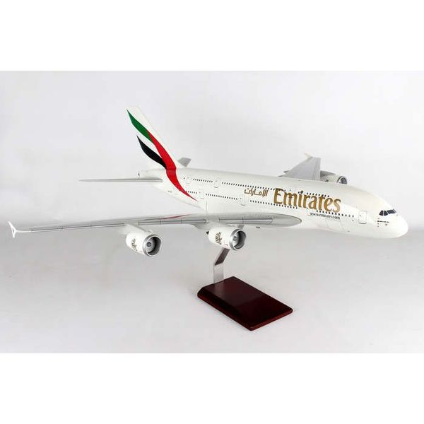 Gemini Jets A380-800 Emirates A6-EUF 1:100 scale with stand**o/p**
