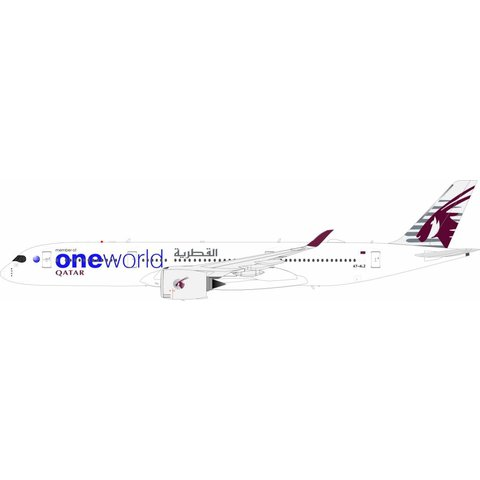 A350-900 Qatar Airways OneWorld A7-ALZ 1:200 With Stand