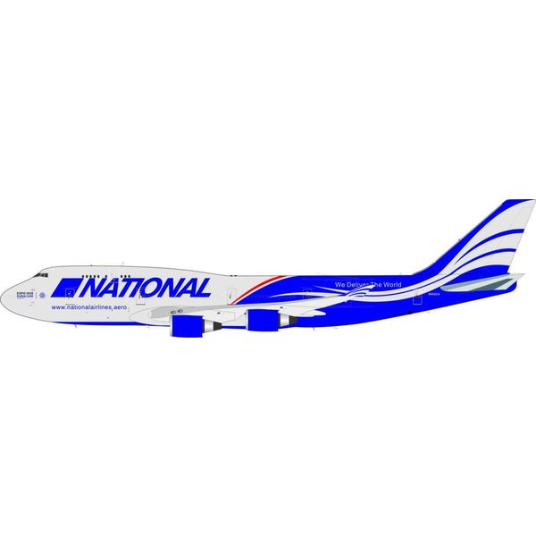 InFlight B747-400 National Airlines N952CA 1:200 with stand