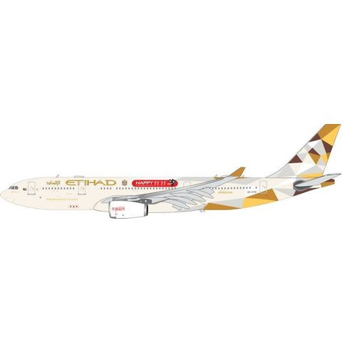A330-200 Etihad 2014 Livery Happy 11,11 A6-EYD 1:200 with stand