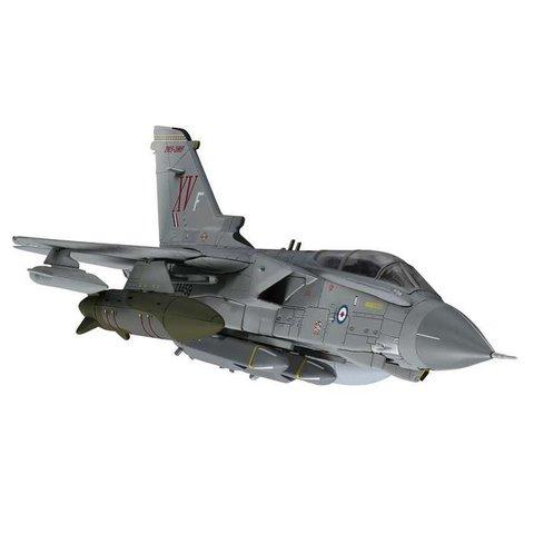 Tornado GR4 15 XV Squadron RAF Operation Ellamy ZA459 XV-F Grey 1:72 with stand