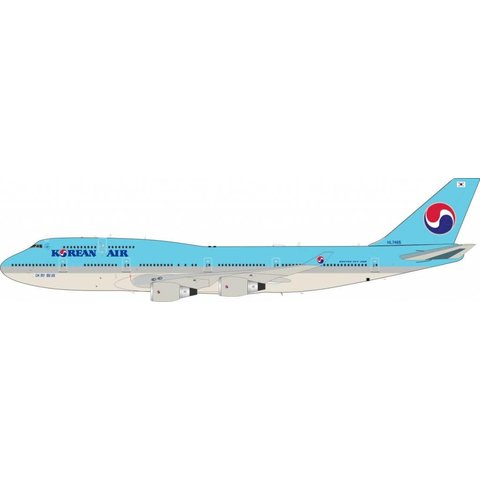 B747-400 Korean Air HL7465 1:200 with Stand