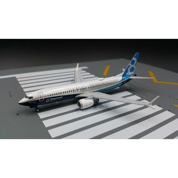 JC Wings B737 MAX8 Boeing House N8701Q 1:400