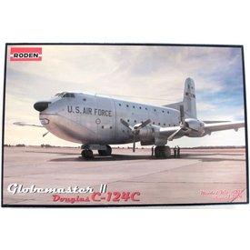 Roden C124C GLOBEMASTER II USAF 1:144 Kit
