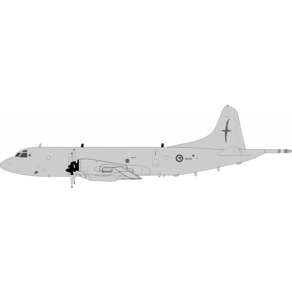 InFlight P3K Orion RNZAF Royal New Zealand Air Force NZ4202 grey 1:200 with stand