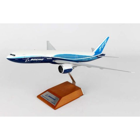 B777-200LR BOEING HOUSE COLOURS 1:200 w/stand**o/p**