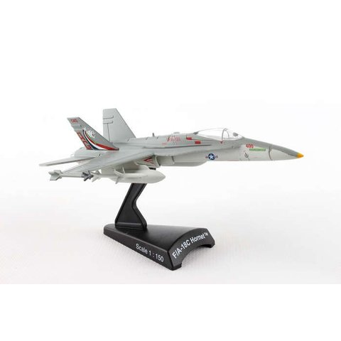 F18C Hornet VFA131 Wildcats US Navy 1:150 with stand