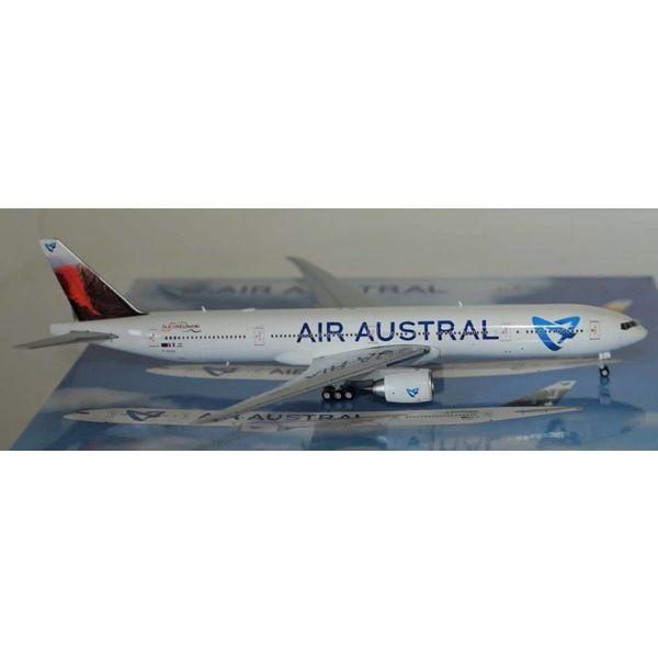 JC Wings B777-300ER AIR AUSTRAL F-OSYD 400