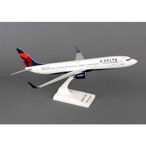 B737-900ERW Delta 2007 livery  1:130 with stand