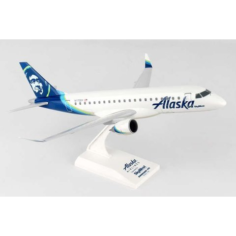 ERJ175 Alaska Skywest New Livery N170SY 1:100 with stand