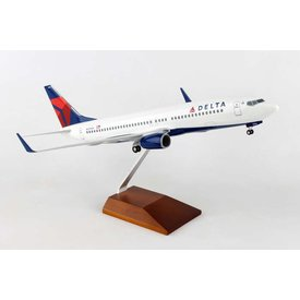 Skymarks Supreme B737-800W Delta 2007 livery 1:100 Supreme with wood stand + gear