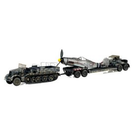 WarMaster SdKfz.9 & SdAh.116 trailer with Wingless Fw190 1:72