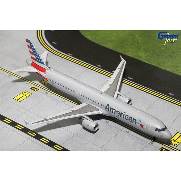 Gemini Jets A321 American Airlines 2013 livery N162UW 1:200 with stand