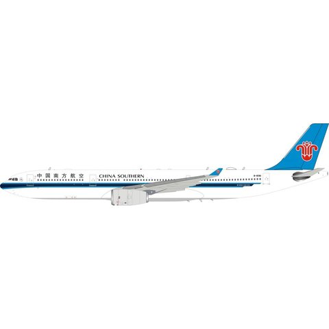 A330-300 China Southern Airlines B-8361 1:200 with Stand