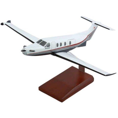 Pilatus PC12 Pinnacle 1:40 with stand (KPPC12ptr)
