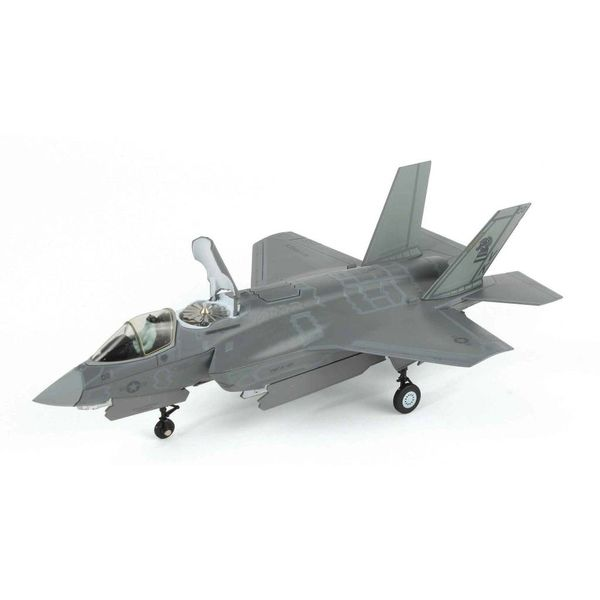 Air Force 1 Model Co. F35B Lightning II VMFA121 Green Knights USMC VK-02 1:72 with stand
