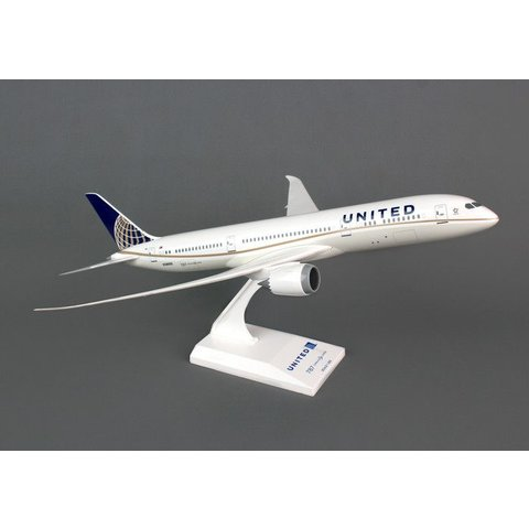 B787-9 Dreamliner United 2010 livery 1:200 with stand