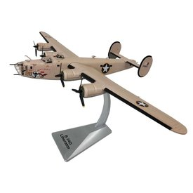 Air Force 1 Model Co. B24D Liberator USAAF Wongo Wongo 28 Ploesti 1:72 with stand