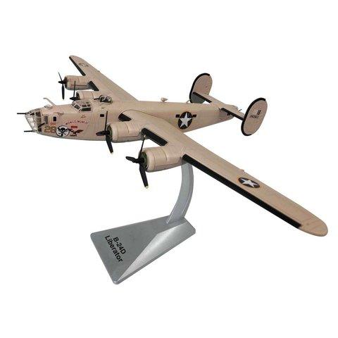 B24D Liberator USAAF Wongo Wongo 28 Ploesti 1:72 with stand
