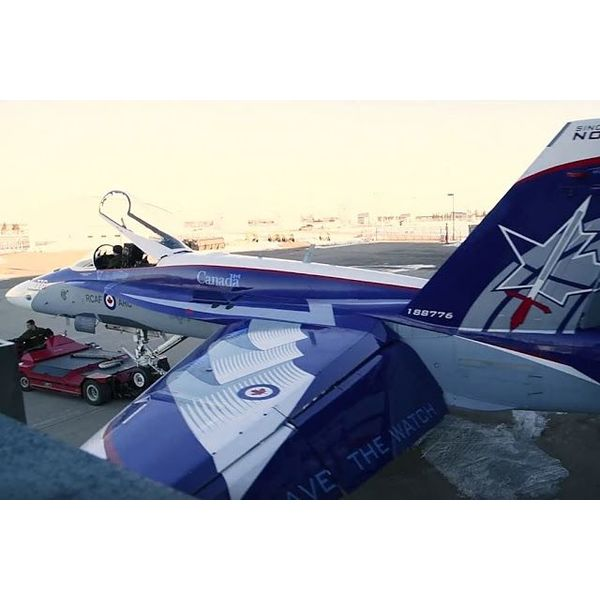 Hobby Master CF188 RCAF 2018 Demo Team NORAD 60th 188776 1:72 with stand***SOLD OUT***