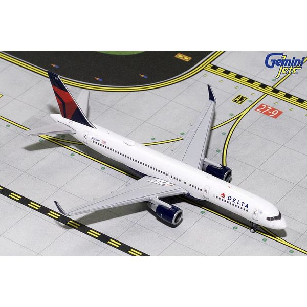 Gemini Jets B757-200W Delta 2007 livery N551NW 1:400 (3rd release)