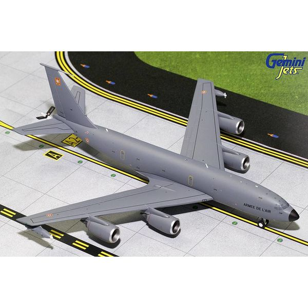 Gemini Jets KC135R French Air Force Armee de L'Air 739 1:200 with stand