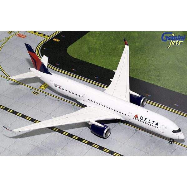 Gemini Jets A350-900 Delta 2007 livery N502DN 1:200 with stand (2nd release)