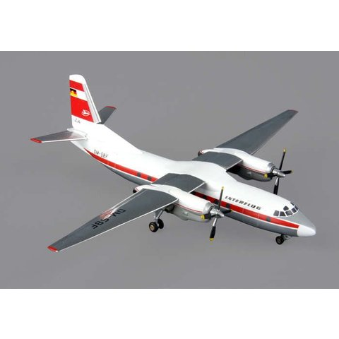 AN24V Interflug 1:200 with stand