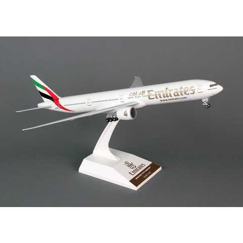 B777-300ER Emirates 1:200 with gear + stand