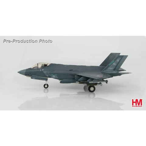 F35A 34FS 388FW USAF Hill AFB HL 1:72 with stand