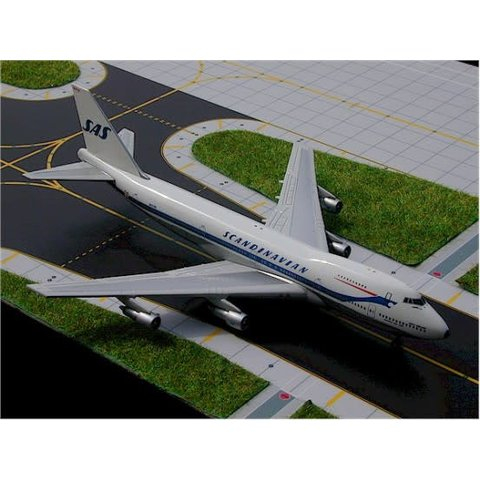 B747-200 SAS OLD LIVERY 1:400