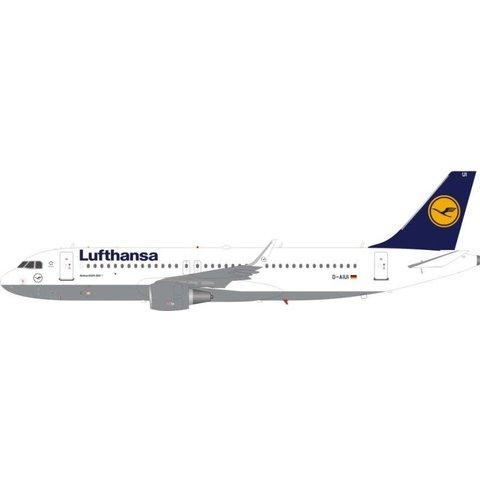 A320S Lufthansa D-AIUI sharkets 1:200 With Stand