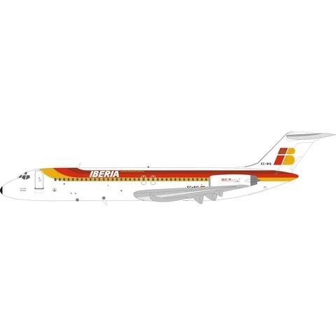 DC9-30 Iberia EC-BIG Villa de Madrid 1:200 with stand