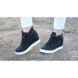 Sassy Sneaker