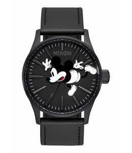 NIXON X DISNEY SENTRY LEATHER