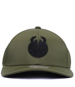 MITCHELL AND NESS BUCKS FLIGHT PATTERN NYLON HAT