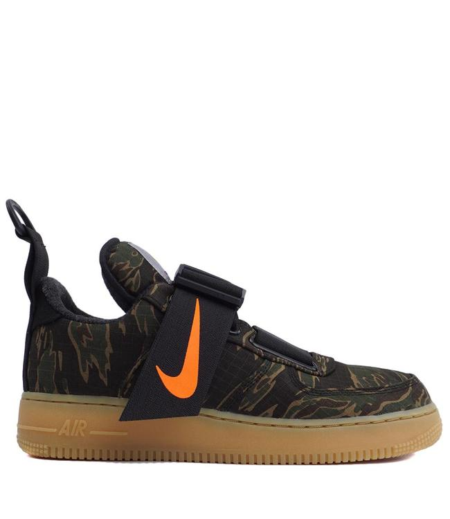 finest selection c041c ce11d NIKE x Carhartt WIP Air Force 1  07 Utility Low Premium