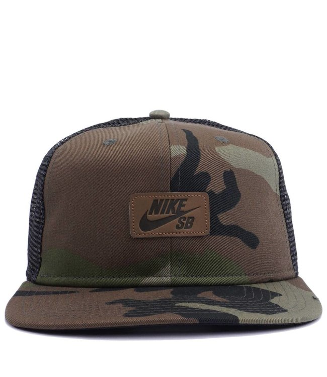 Nike SB Pro Camo Trucker Hat - Medium Olive Brown  f7358a76e17