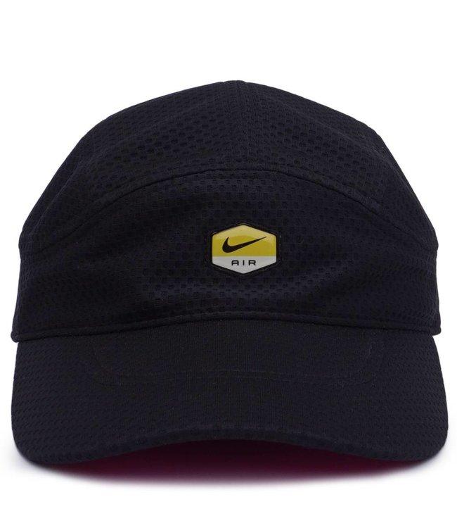 554704c3f67 Nike AeroBill Tailwind Hat - Black Laser Fuchsia