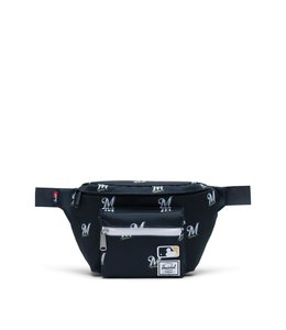 HERSCHEL SUPPLY CO. BREWERS SEVENTEEN HIP PACK