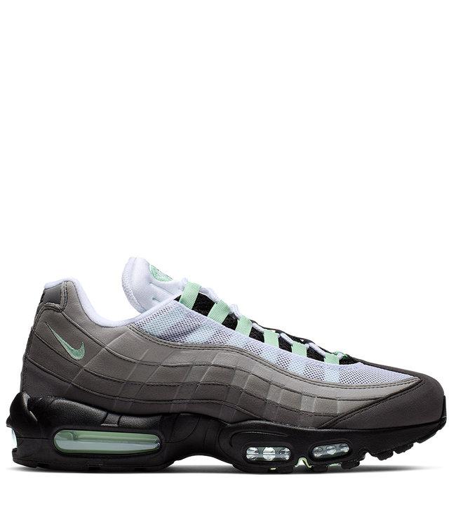 outlet store 27ffc 67e0c Nike Air Max 95 Shoes - White Granite Dust Fresh Mint - MODA3