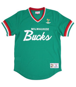 MITCHELL AND NESS BUCKS SPECIAL SCRIPT MESH V-NECK
