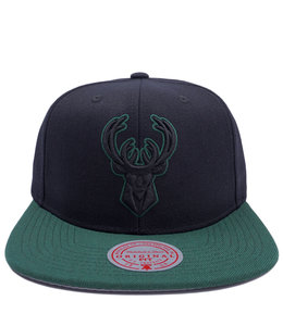 MITCHELL AND NESS BUCKS POP BLOCK SNAPBACK HAT