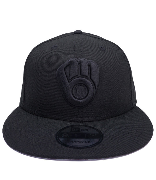 NEW ERA Brewers Blackout Basic 9Fifty Snapback Hat
