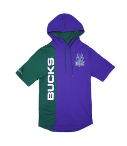 MITCHELL AND NESS BUCKS SHORT SLEEVE SPLIT HOODIE