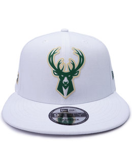 NEW ERA BUCKS BACK HALF 9FIFTY SNAPBACK HAT